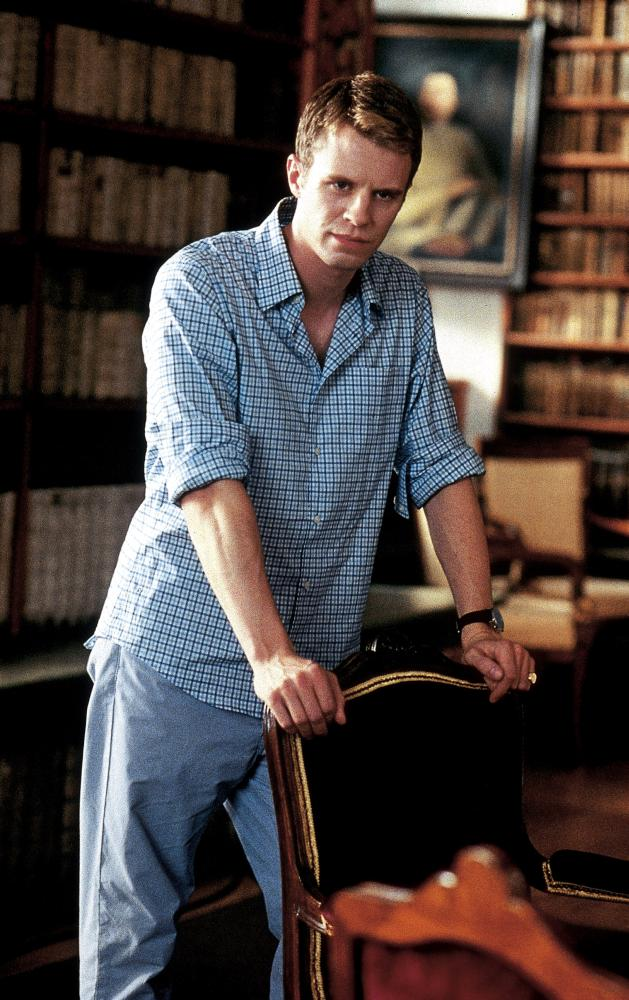 luke mably julia stiles