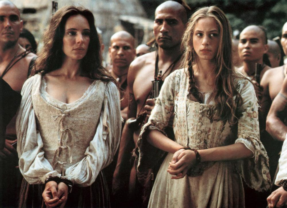 a comparison of the films last of the mohicans mary sillimans war and glory