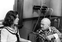 UNDER THE RAINBOW, Carrie Fisher, Billy Barty, 1981. ©Warner Brothers
