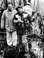 SOUTHERN COMFORT, cinematographer Andrew Laszlo, director Walter Hill, on set, 1981. TM and Copyright ©20th Century-Fox Film Corp. All Rights Reserved.