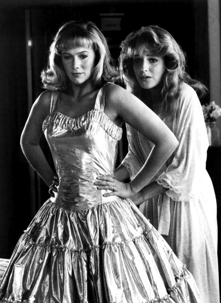 PEGGY SUE GOT MARRIED, Kathleen Turner, Helen Hunt, 1986