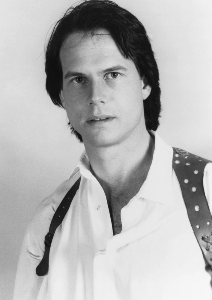 PASS THE AMMO, Bill Paxton, 1988, (c)New Century Vista Film Company