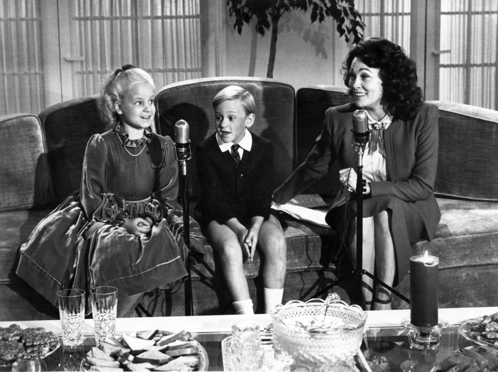 MOMMIE DEAREST, Mara Hobel, Jeremy Scott Reinbolt, Faye Dunaway, 1981, (c) Paramount