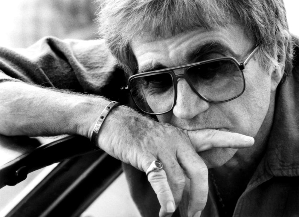 THE MAN WHO LOVED WOMEN, director Blake Edwards on set, 1983, (c) Columbia