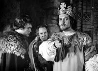 MACBETH, Macbeth (Jon Finch) plots the murder of Banquo with the first and second soldier (Michael Balfour and Andrew McCulloch). 1971