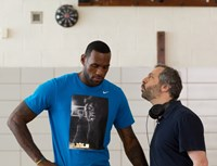 TRAINWRECK, from left: LeBron James, director Judd Apatow, on set, 2015. ph: Mary Cybulski/©Universal Pictures