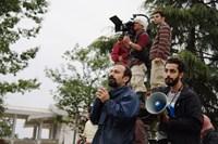 ABOUT ELLY, (aka DARBAREYE ELLY), director Asghar Farhadi (left), on set, 2009. ©Cinema Guild