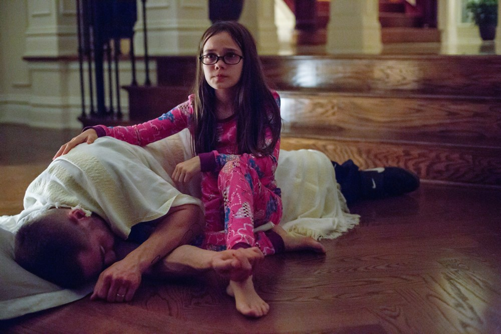 SOUTHPAW, from left: Jake Gyllenhaal, Oona Laurence, 2015. ph: Scott Garfield/©Weinstein Company
