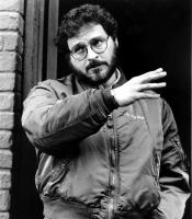 I LOVE YOU TO DEATH, Lawrence Kasdan directs a scene on set, 1990