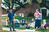 99 HOMES, l-r: Andrew Garfield, J.D. Evermore, Ann Mahoney, 2014. ph: Hooman Bahrani/©Broad Green Pictures