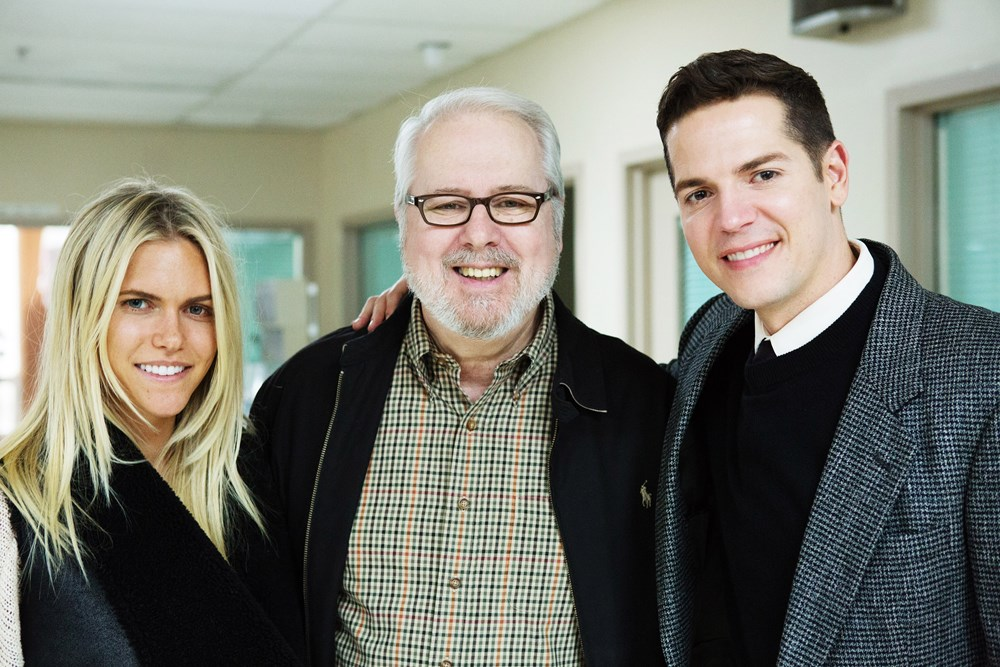 90 MINUTES IN HEAVEN, (aka NINETY MINUTES IN HEAVEN), from left: Lauren Scruggs, writer Don Piper, Jason Kennedy, 2015. ph: Quantrell Colbert