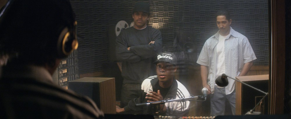 STRAIGHT OUTTA COMPTON, from left: Jason Mitchell, as Eazy-E, O'Shea Jackson Jr., as Ice Cube, Corey Hawkins, as Dr. Dre, Neil Brown Jr., as Dj Yella, 2015./©Universal Pictures