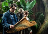 PAN, from left: director Joe Wright, Levi Miller, on set, 2015. ph: Laurie Sparham/©Warner Bros. Pictures