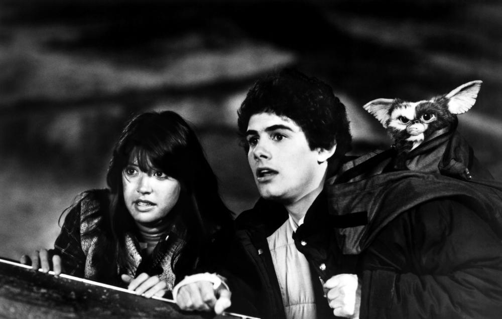 GREMLINS, Judge Reinhold, Phoebe Cates, Zack Galligan, 1984. ©Warner Bros.