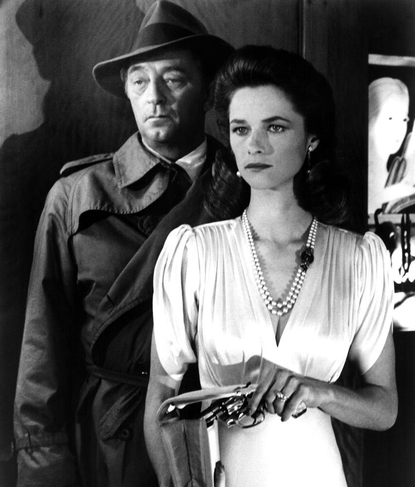 FAREWELL MY LOVELY, Robert Mitchum, Charlotte Rampling, 1975