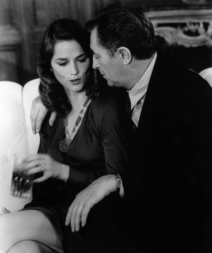 FAREWELL MY LOVELY, Charlotte Rampling, Robert Mitchum, 1975