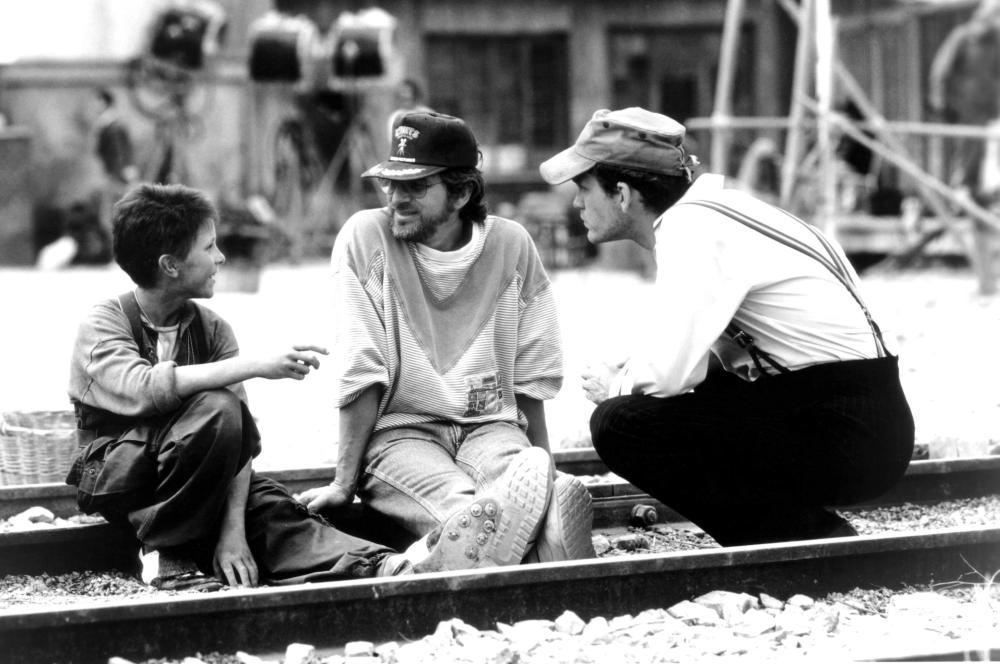 EMPIRE OF THE SUN, Christian Bale, director Steven Spielberg, John Malkovich, 1987. (c) Warner Bros..