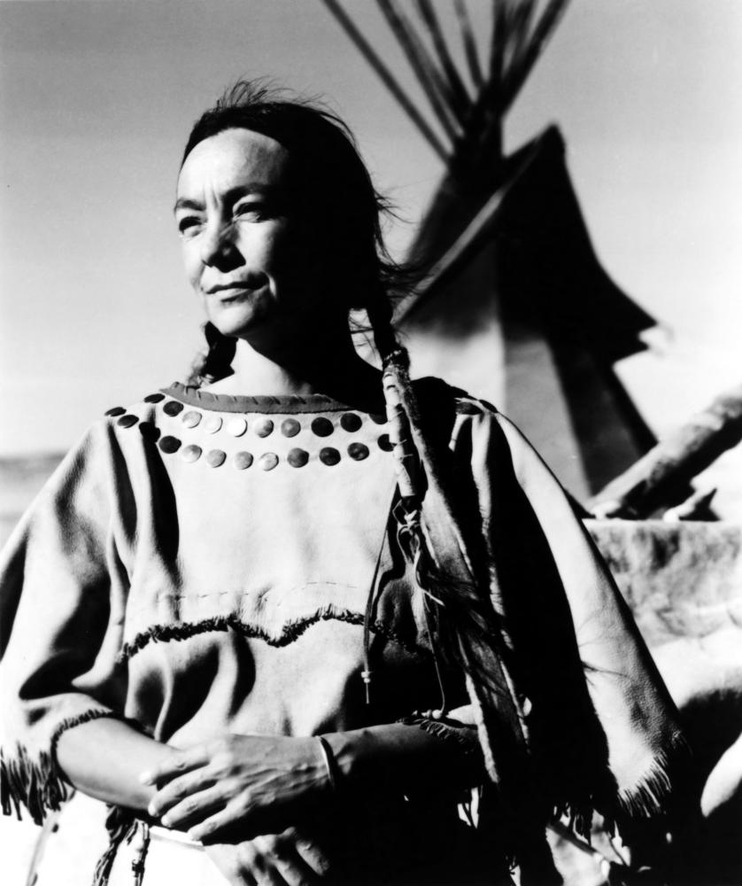 DANCES WITH WOLVES, Tantoo Cardinal, 1990