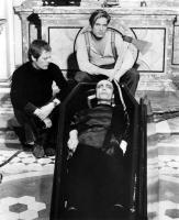 ANDY WARHOL'S DRACULA, Joe Dallesandro, Udo Kier, 1974, vampire in the coffin