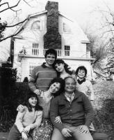 AMITYVILLE II: THE POSSESSION, (front row) Erica Katz, Rutyanya Alda, Burt Young, (rear standing) Jack Magner, Diane Franklin, Brent Katz, 1982, (c) Orion