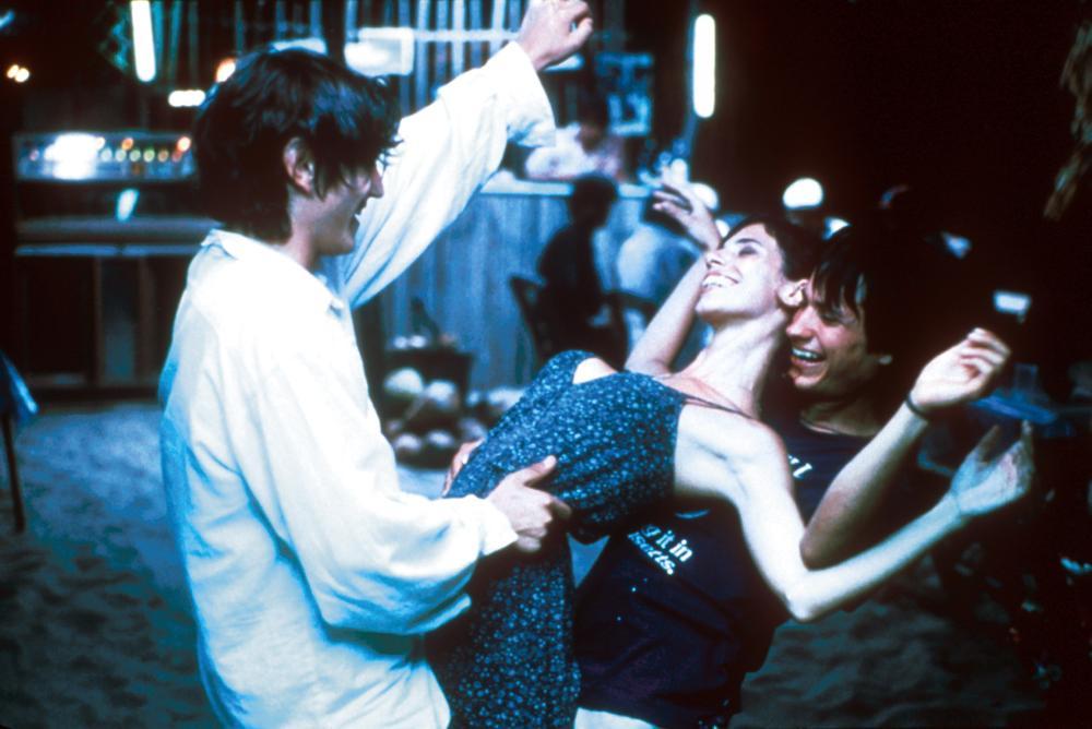 Y TU MAMA TAMBIEN, Diego Luna, Maribel Verdu, Gael Garcia Bernal, 2001