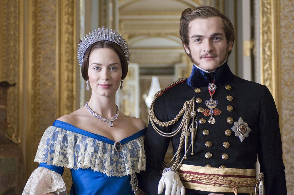 THE YOUNG VICTORIA, from left: Emily Blunt, Rupert Friend, 2009. ©Momentum Pictures