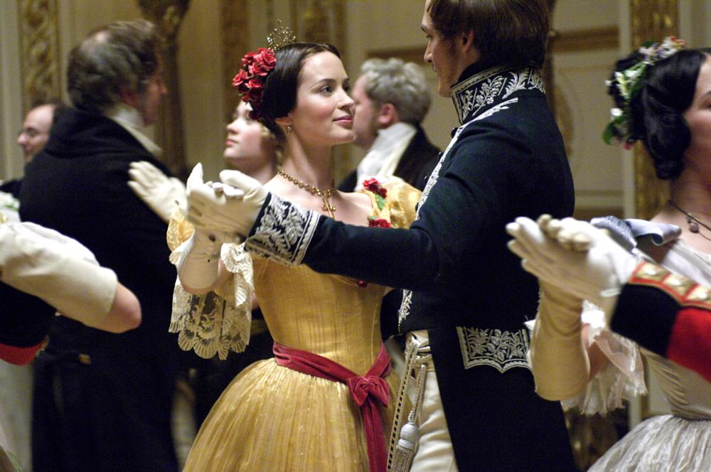 THE YOUNG VICTORIA, from left: Emily Blunt, as Victoria, Rupert Friend, as Prince Albert, 2009. ©Momentum Pictures