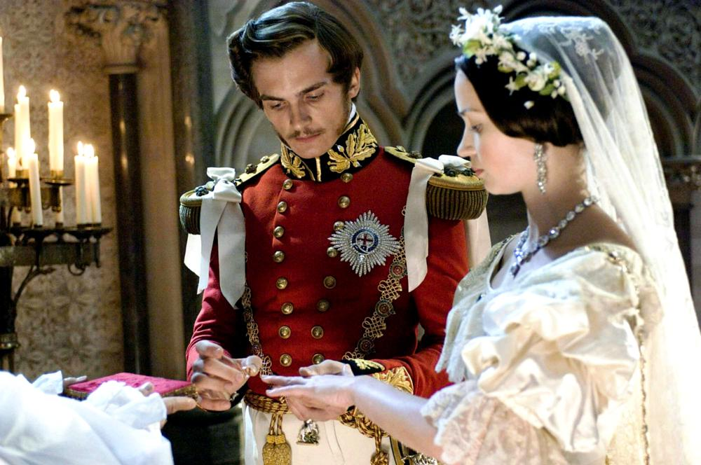 THE YOUNG VICTORIA, from left: Rupert Friend, as Prince Albert, Emily Blunt, as Victoria, 2009. ©Momentum Pictures
