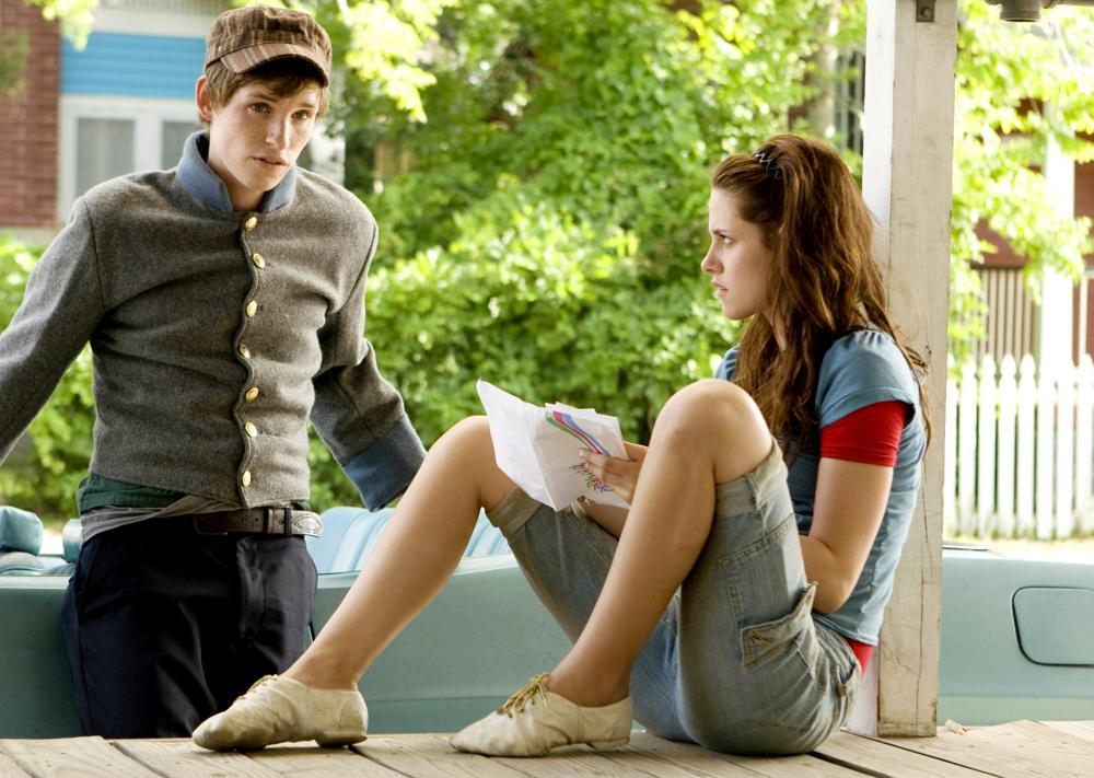 THE YELLOW HANDKERCHIEF, from left: Eddie Redmayne, Kristen Stewart, 2008. ©Samuel Goldwyn Films