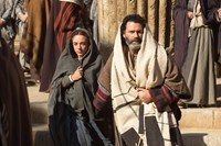 THE YOUNG MESSIAH, l-r: Sara Lazzaro (as Virgin Mary), Vincent Walsh (as Joseph) 2016. ph: Philippe Antonello/©Focus Features
