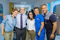 MIRACLES FROM HEAVEN, from left: Jennifer Garner, Dr. Samuel Nurko, Patricia Riggen, Eugenio Derbez, producer DeVon Franklin, on set, 2016. ph: Chuck Zlotnick/© Sony Pictures Releasing