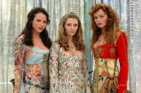 VIRGIN TERRITORY, Mischa Barton (center), 2007. ©MGM