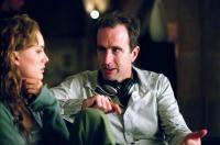 V FOR VENDETTA, Natalie Portman, Director James McTeigue, on set, 2006, ©Warner Bros.