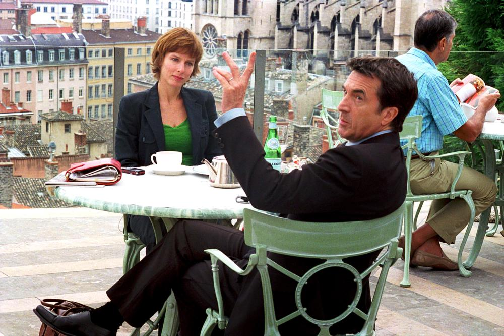 LA VERITE OU PRESQUE,  from left: Karin Viard, Francois Cluzet, 2007. ©Rezo Films