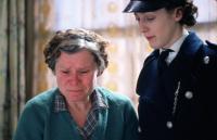 VERA DRAKE, Imelda Staunton, Helen Coker, 2004, (c) Fine Line