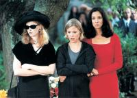 VENUS AND MARS, Fay Masterson, Julie Bowen, Daniela Amavia, 2001