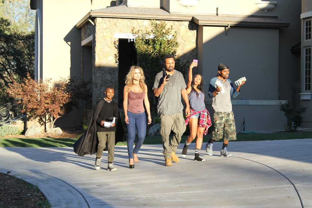 MEET THE BLACKS, from left: Alex Henderson, Zulay Henao, Mike Epps, Bresha Webb, Lil Duval, 2016. © Freestyle Releasing
