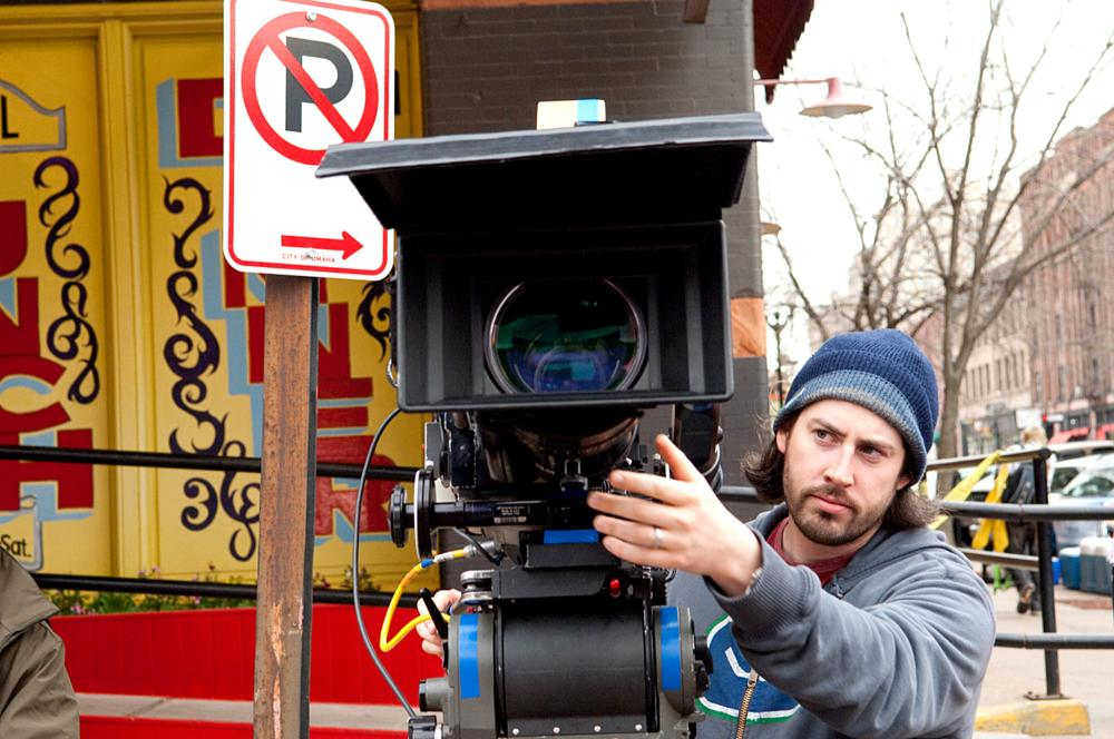 UP IN THE AIR, director Jason Reitman, on set, 2009. Ph: Dale Robinette/©DreamWorks Pictures