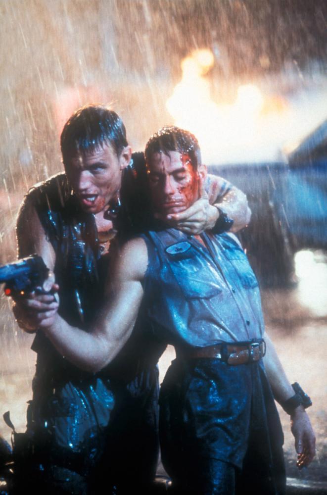 UNIVERSAL SOLDIER, Dolph Lundgren, Jean-Claude Van Damme, 1992. ©Universal
