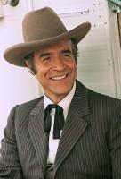 THE TRAIN ROBBERS, Ricardo Montalban, 1973