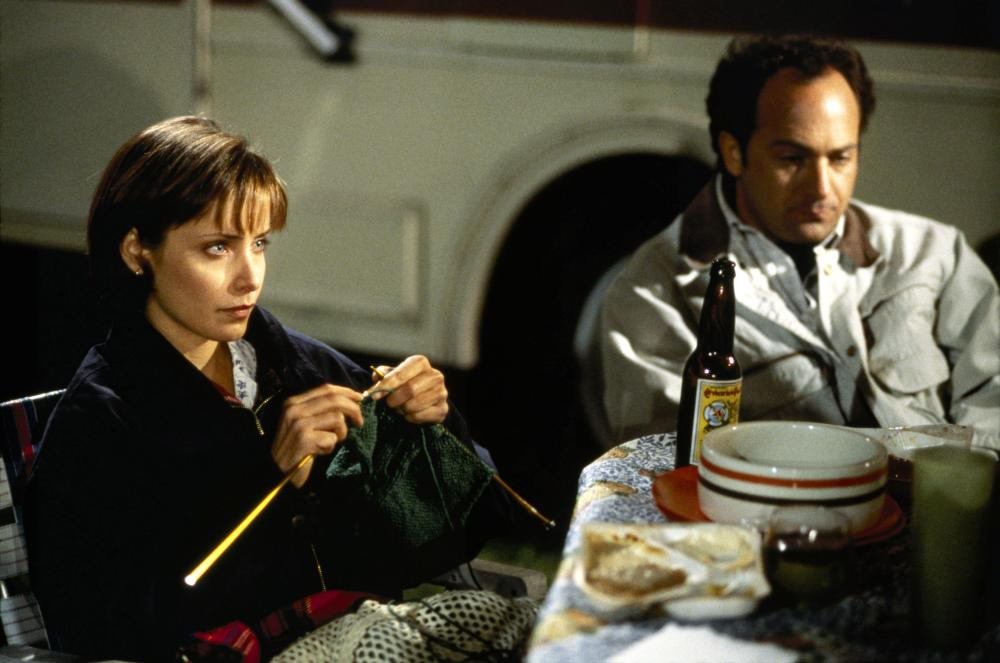 TRUTH OR CONSEQUENCES, N.M., from left: Grace Phillips, Kevin Pollak, 1997, ©Sony Pictures Entertainment