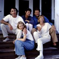 TO GILLIAN ON HER 37TH BIRTHDAY, back from left: Peter Gallagher, Wendy Crewson, Bruce Altman, front from left: Claire Danes, Kathy Baker, 1996, ©Triumph Films
