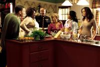 THIS CHRISTMAS, Chris Brown, Loretta Devine, Columbus Short, Lupe Ontiveros, Regina King, Sharon Leal, 2007. ©Screen Gems