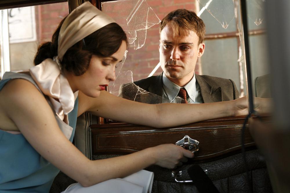 THE TENDER HOOK, from left: Rose Byrne, Matthew Le Nevez, 2008. ©Dendy Films