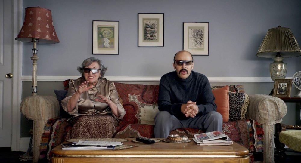 JIMMY VESTVOOD: AMERIKAN HERO, from left: Vida Ghahremani, Maz Jobrani, 2016