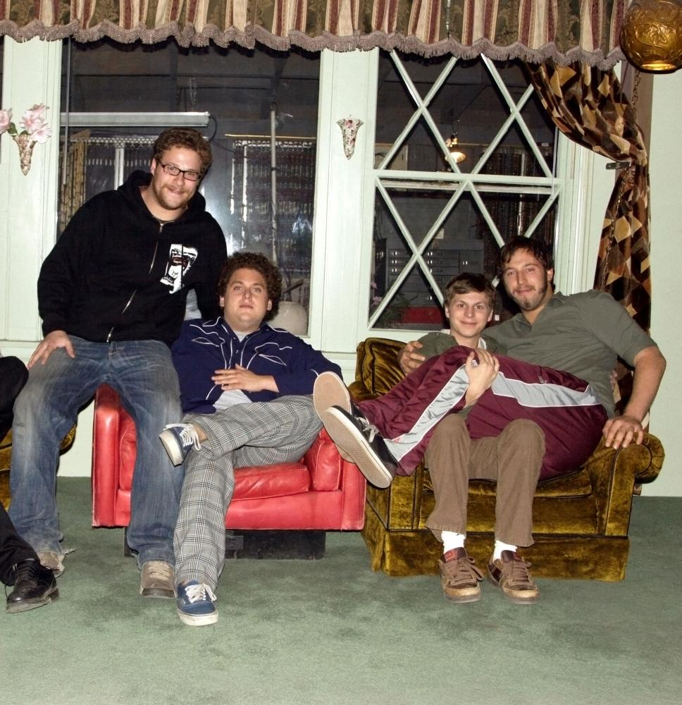 SUPERBAD, writer Seth Rogen, Jonah Hill, Michael Cera, writer Evan Goldberg, on set, 2007. ©Columbia Pictures
