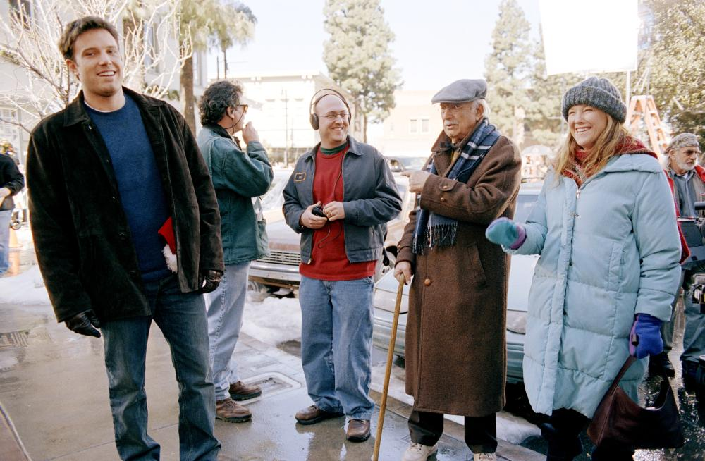 surviving christmas full movie greek