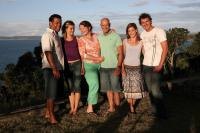 SUBDIVISION, from left: Aaron Fa'aoso, Kathryn Beck, Kris McQuade, Gary Sweet, Brooke Satchwell, Ashley Bradnam, 2009. Ph: Jimmy Malecki/©Lightning Entertainment