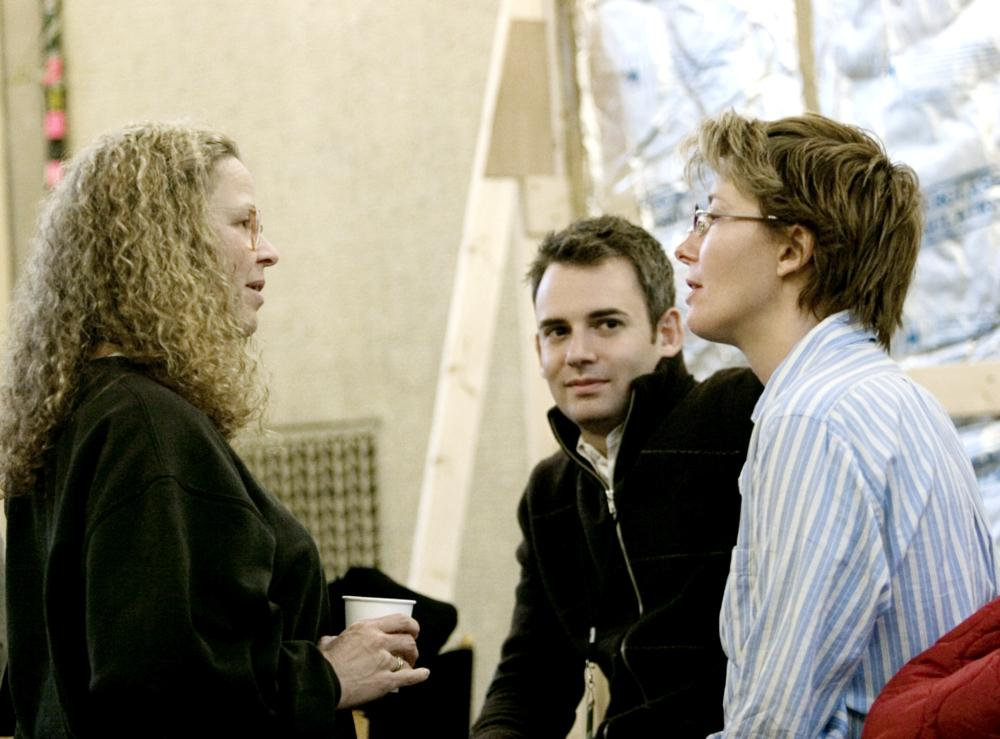 STRANGER THAN FICTION,  producer Lindsay Doran (left), Emma Thompson (far right), on set, 2006. (c) Sony Pictures