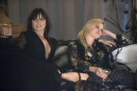 ABSOLUTELY FABULOUS: THE MOVIE, from left: Daisy Lowe, Lara Stone, 2016. ph: David Appleby/TM and © Fox Searchlight. All rights reserved.